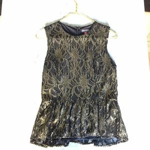 Vince Camuto Gold and Black Shimmer Lace Top PM